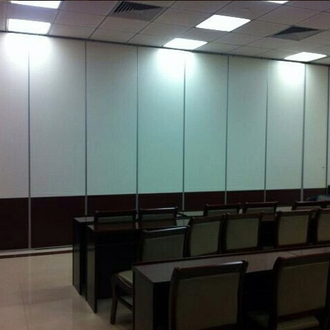 Collapsible Sliding Partition / Accordion Partition